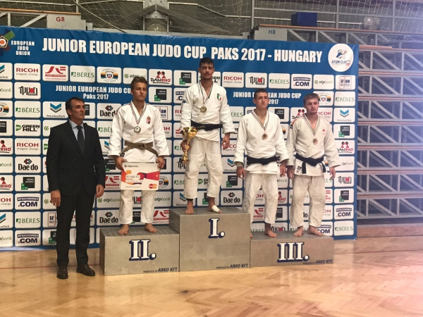 Gabriele Sulli è oro all'European Junior Cup di Paks (HUN)